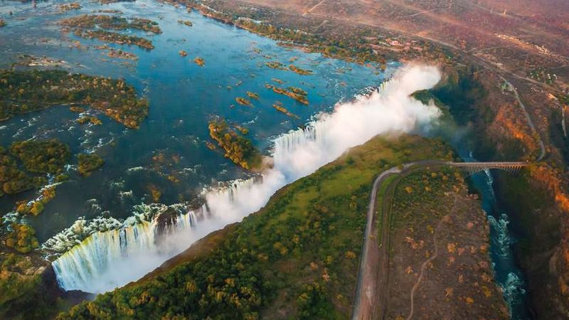 Victoria Falls from the AirVictoria-Fälle
