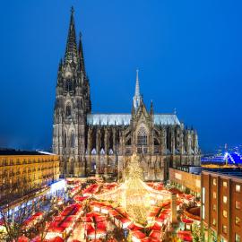 Weihnachtsmarkt mit Dom, Köln