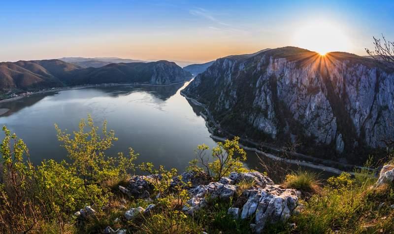 Titelbild der Reise Antonio Bellucci: 9-Länderfahrt Passau-Donaudelta