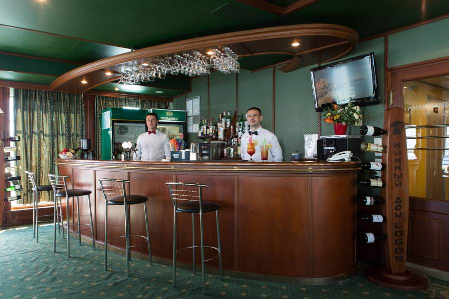 MS Dnieper Princess - Panorama-Bar